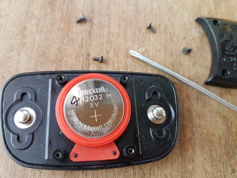 เปลี่ยนแบตเตอรี่ให้ Garmin Heart Rate Monitor Battery replacement